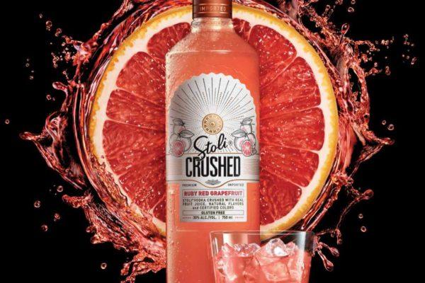 Grapefruit-Bottle-Splash-creative